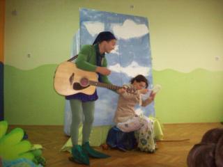 Predstava Djevojčica i stablo